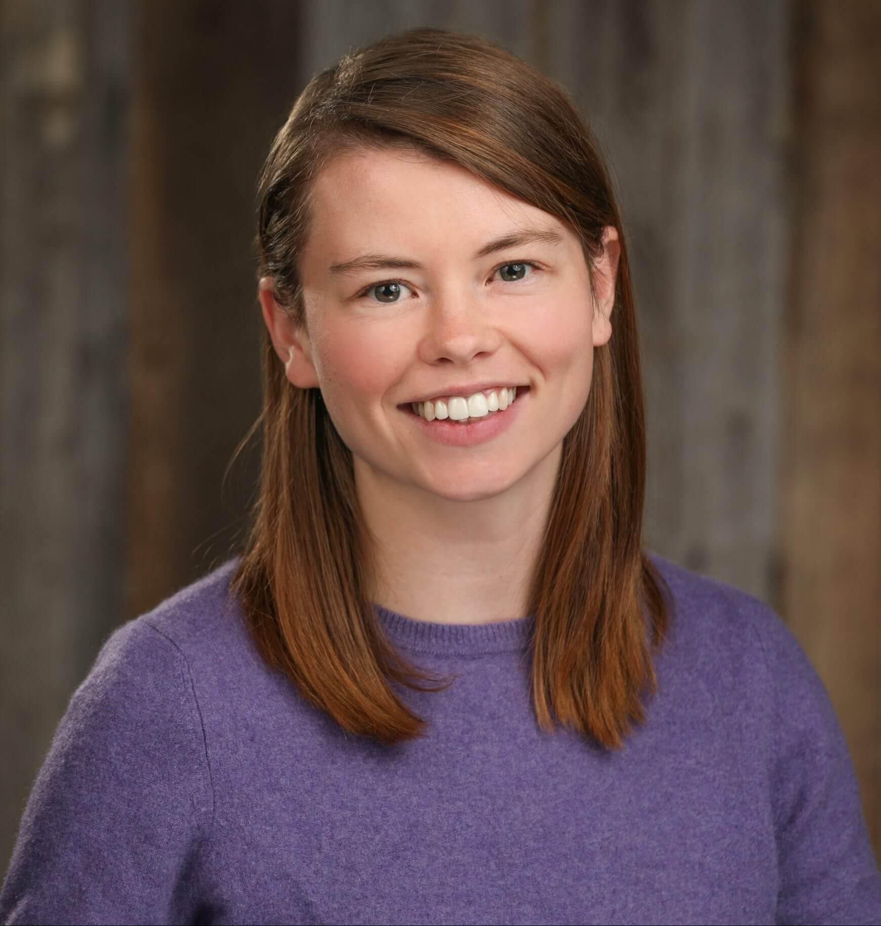 Eliza Salmon Headshot